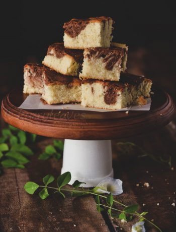 Marble cake slices on cake stand